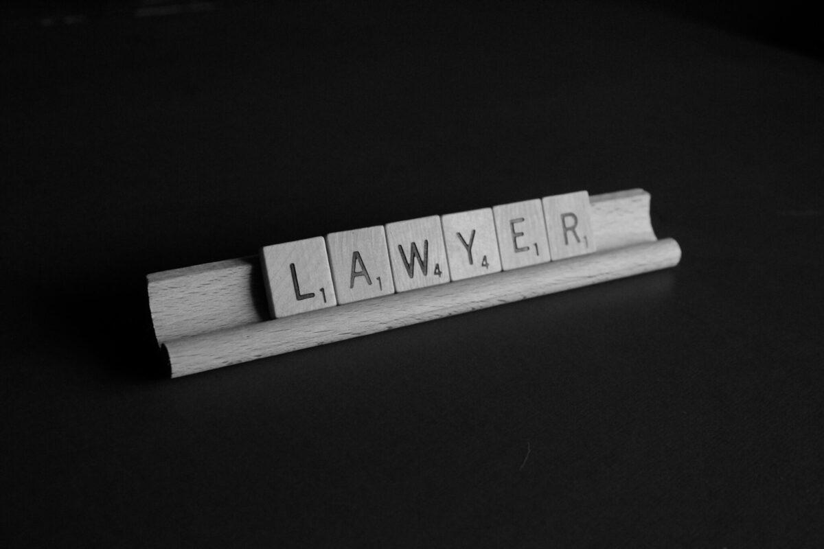 necesito un abogado
